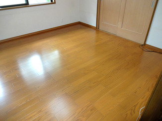 内装リフォーム 足元から部屋全体が温かくなるオール電化の床暖房