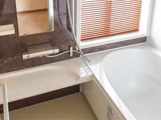 バスルームリフォーム 明るく広々とした高級感のあるお風呂