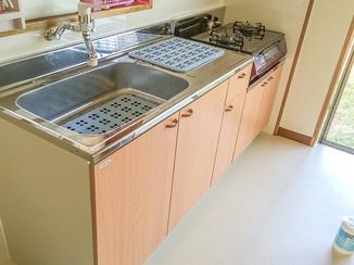 キッチンリフォーム 奥様のリクエストにこたえた、より使い勝手の良い水まわり設備