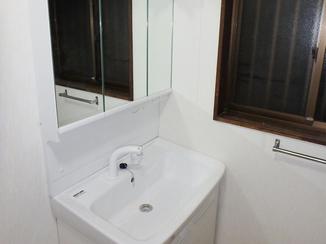 洗面リフォーム 先の将来も安心して暮らせるバリアフリーの洗面スペース