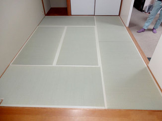 小工事 表替えでイグサのいい香りがする畳に